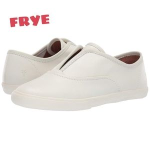 NIB Frye Leather Mindy Slip-On Ivory Size 7